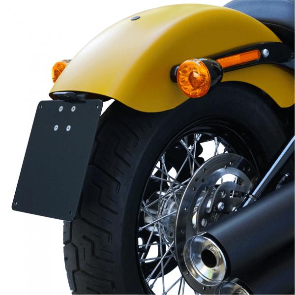 kurzer mittiger Kennzeichenhalter + Beleuchtung für Harley Davidson Street Bob / Slim ab Bj.18 Typ1