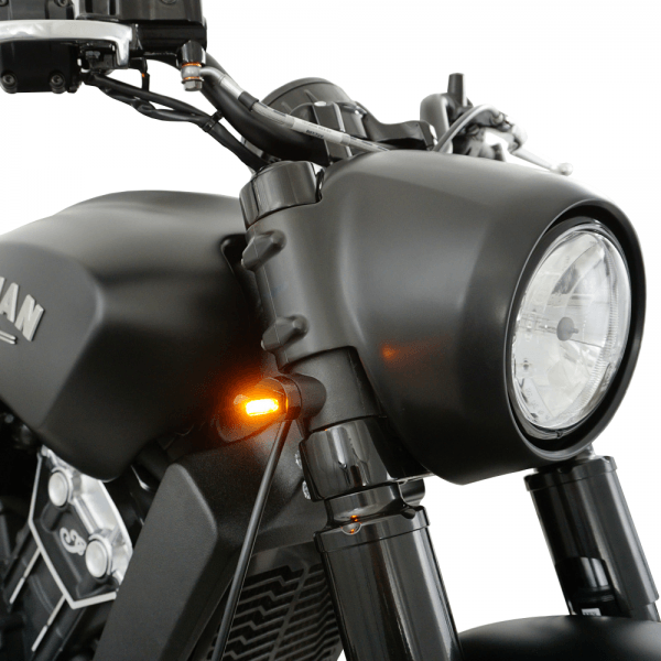 IOMP LED Blinker 21,5x8,5 Front für Indian Scout Bobber / Bobber Twenty